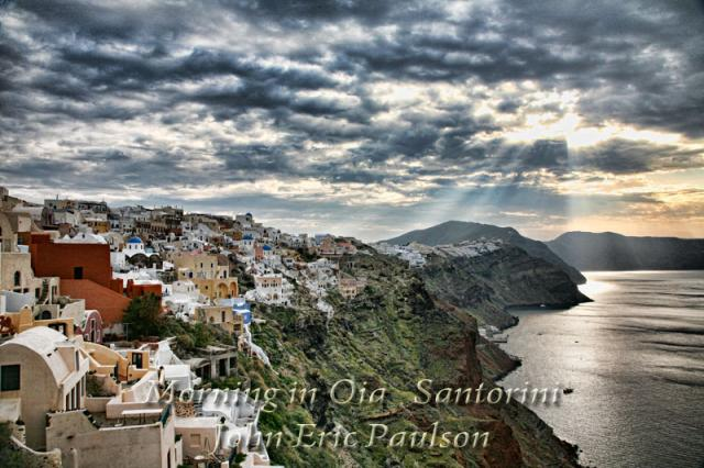Morning_in_Oia.jpg